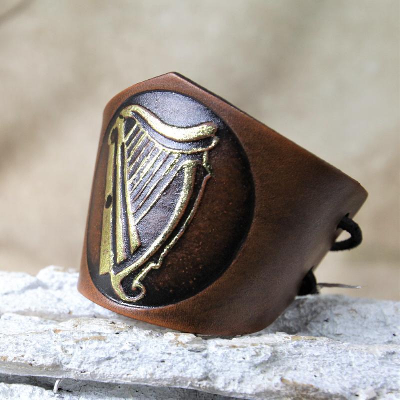 Lederwelten keltische Harfe Spezielles