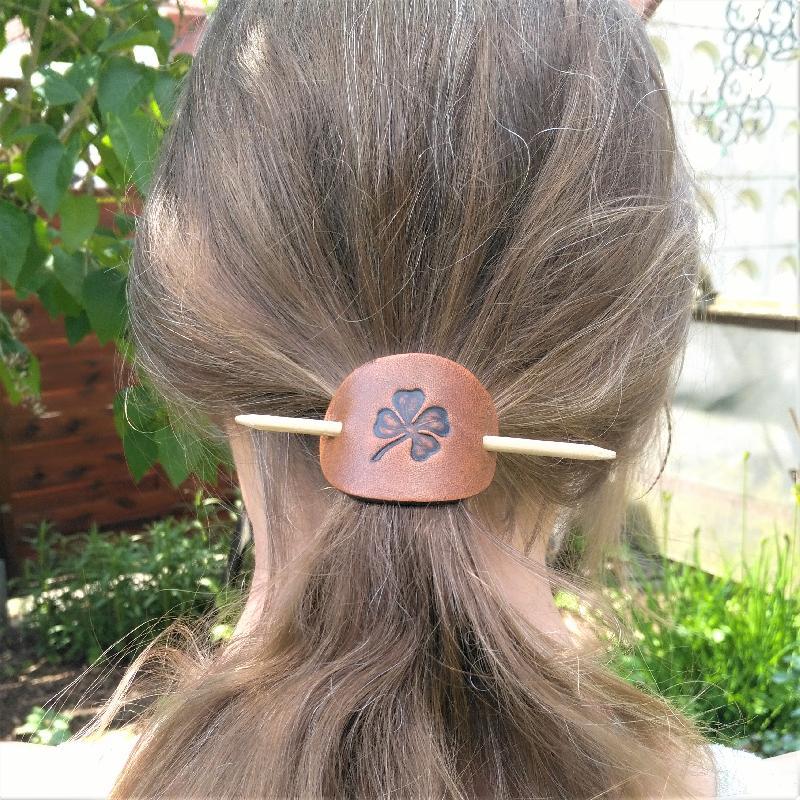 Lederwelten Keltischer Knoten Haarspange
