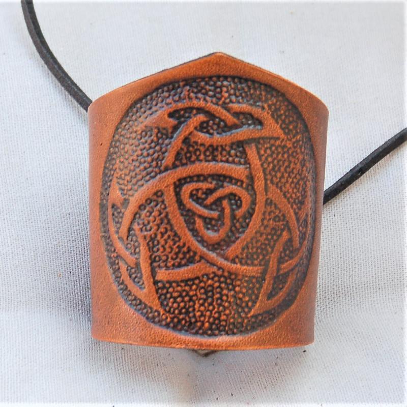 Lederwelten keltischer Knoten Triade Muster