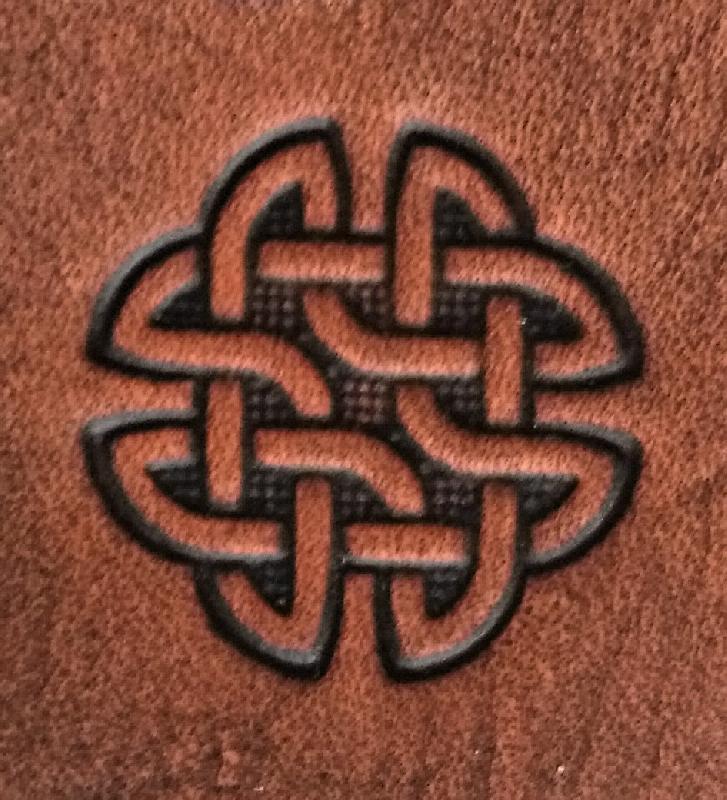 Lederwelten Keltischer Knoten Würfelbecher