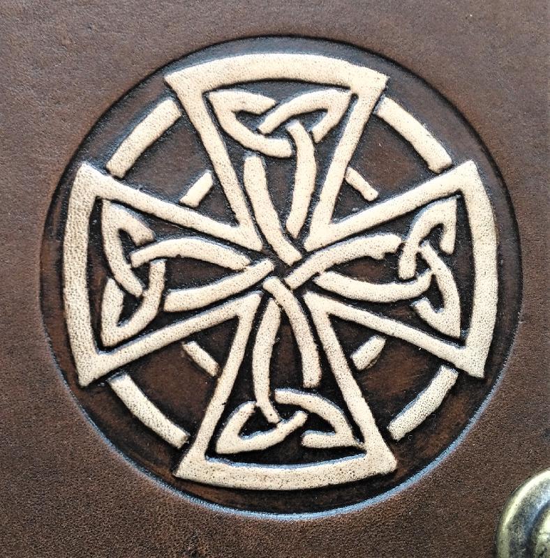 Lederwelten keltisches Kreuz Gürteltaschen