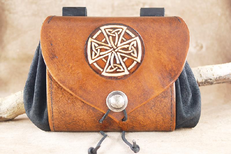 Gürteltaschen keltisches Kreuz