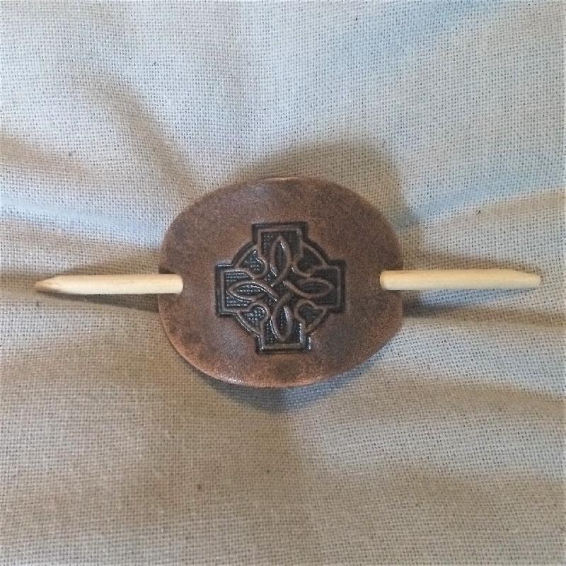 Lederwelten keltisches Kreuz Haarspange