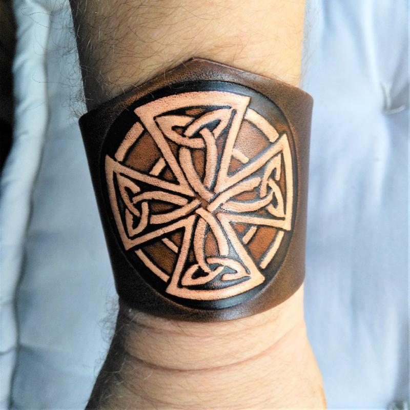 Lederwelten Kreuz Armband